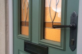 Chartwell Green with Royale glass design